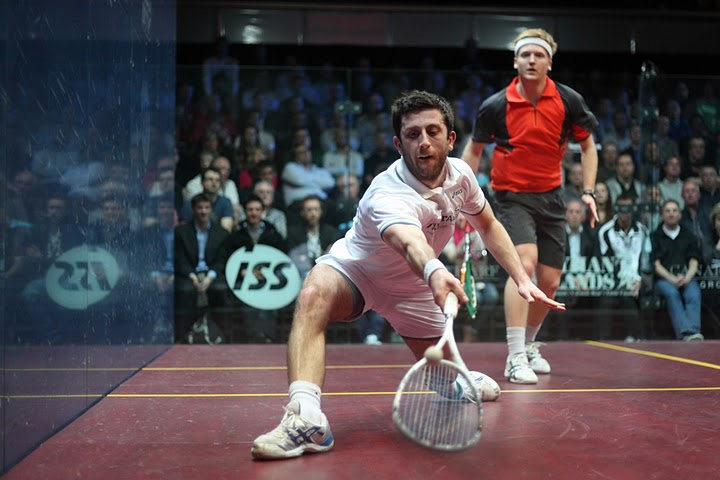 Canary Wharf: Selby survives Richards revival