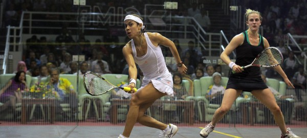 Crowd of 3000 as Nicol David opens up in style