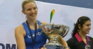 Laura Massaro crowned champion of the world