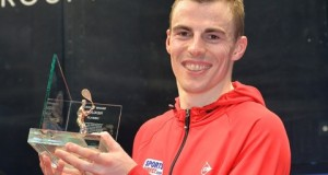 Nick Matthew trounces James Willstrop to lift fourth Canary Wharf title