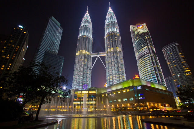 The Petronas Twin Towers in Kuala Lumpur, where an all glass court was to be erected to showcase the the semi-finals and final was to be played.