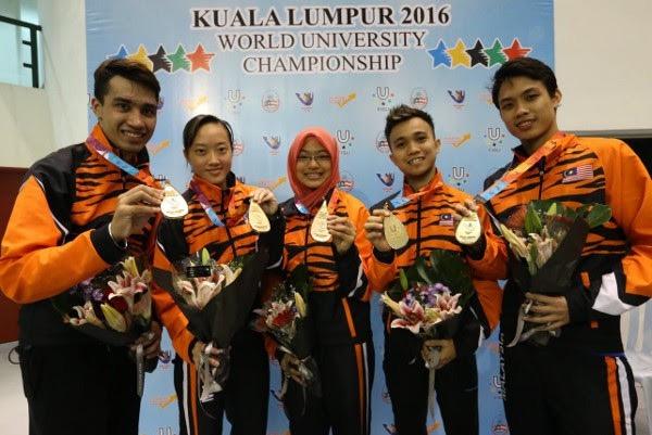 The winning Malaysia team