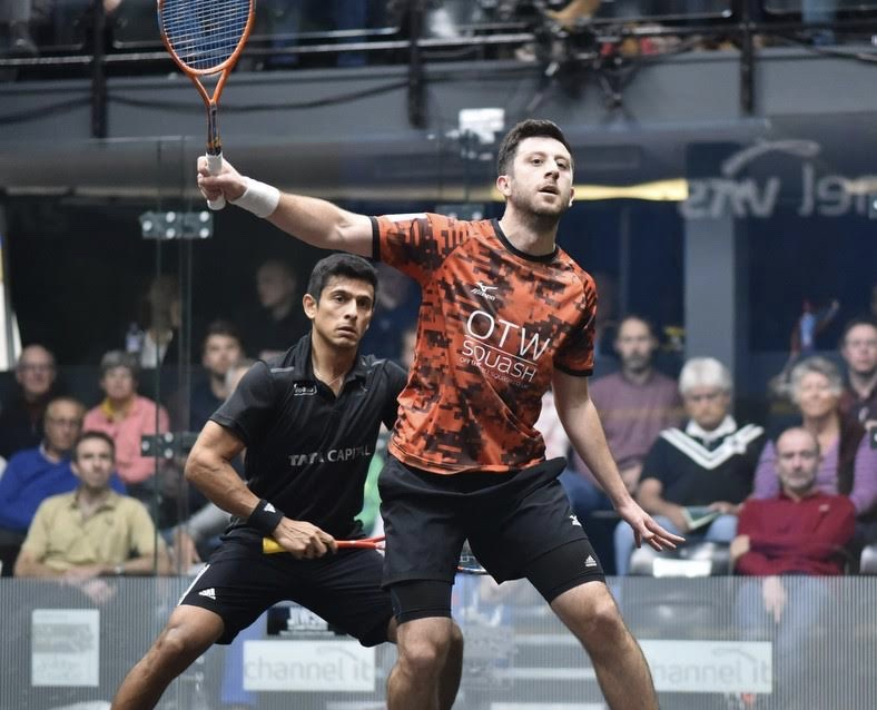 Daryl Selby on the attack against Saurav Ghosal