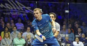 Nick Matthew leads English trio into semi-finals