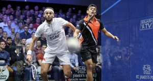 Top seed Mohamed ElShorbagy survives an incredible fightback from Saurav Ghosal